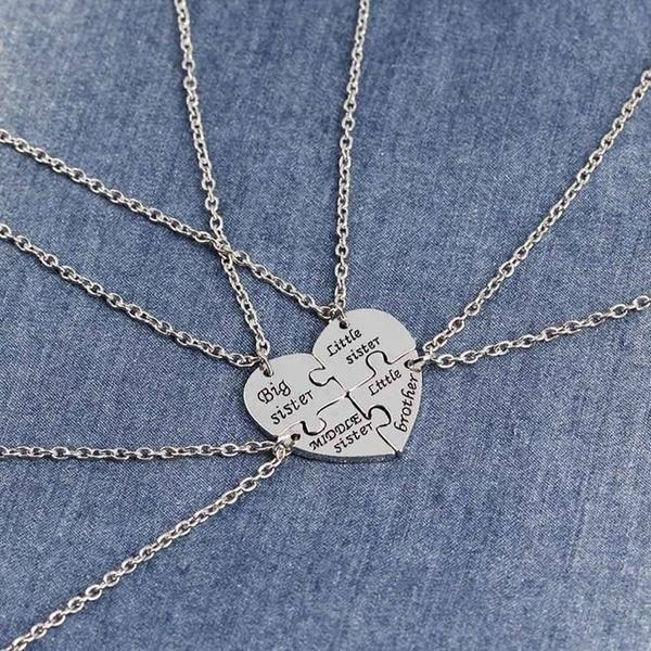 4Stk. Geschwister Halsketten mit geteiltem Herz Big Middle Little Sister  Brother 2d748ea303
